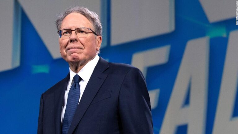 Judge dismisses NRA's bankruptcy petition