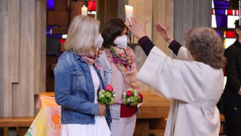 German priests defy Vatican ban and bless same-sex unions