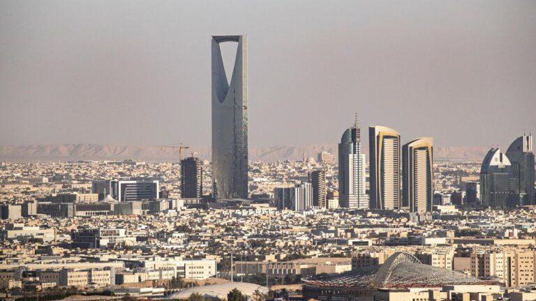 Saudi non-oil economy grows 3.3 percent in first quarter